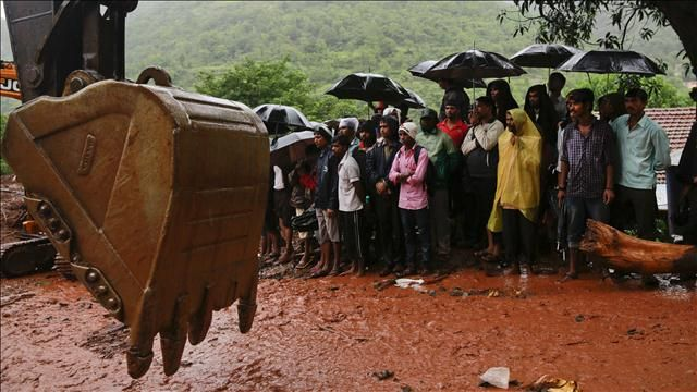 News video: Landslide in India Kills at Least 17