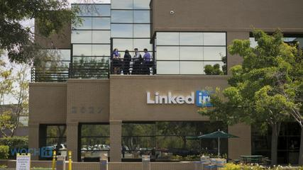 News video: LinkedIn Beats The Street In Q2 On Sales Of $511M, EPS Of $0.51