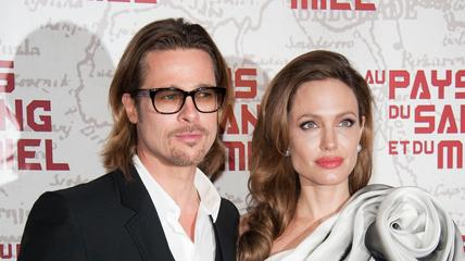 News video: Angelina Jolie and Brad Pitt Write Love Letters to Each Other